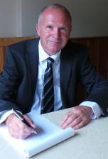 Mr Stephen Redman BA (Hons), (non-practising) Barrister